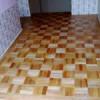 Victoria – Girl's bedroom floor – May 2014