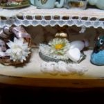 Shabby Chic display armoire top detailSC05114 (800x600) (300x225)