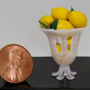 Lemon pedestal bowl