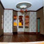 Parlour wallpaper, floor, baseboard, cove moulding and ceiling